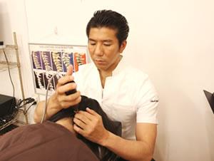 背骨調整の施術イメージ
