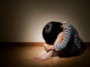 千葉県で子供のイライラ、うつ等の子供の自律神経を正常にさせる整体院がイメージする自律神経が低下した子供の写真